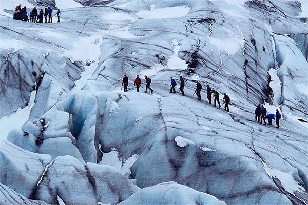 Marche sur le glacier - Caching professionnel - Team building